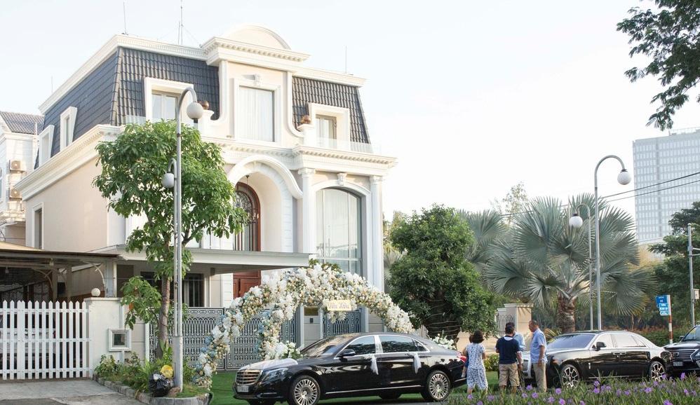 Bên trong biệt thự của dàn mỹ nhân Việt: Dát vàng, sang như khách sạn 5 sao, nhà Hà Tăng lên hẳn KBS Hàn Quốc - Ảnh 22.