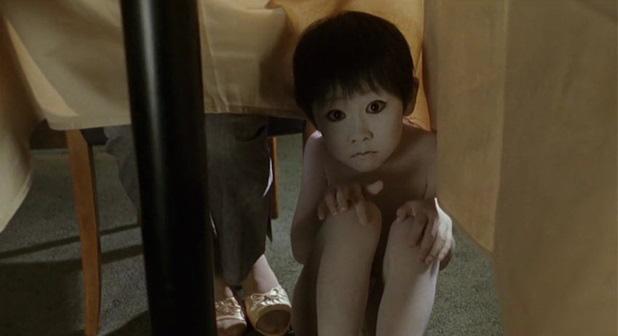 Lúc nhỏ đáng yêu như bé Sa, 10 năm sau sao nhí phim kinh dị xứ Nhật hoá cơ bắp hơn cả Phạm Văn Mách làm ai cũng sốc - Ảnh 2.
