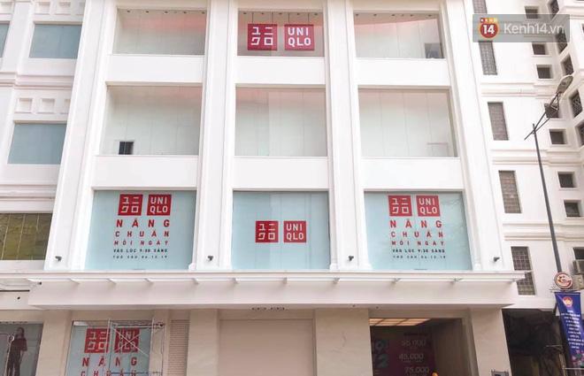 HOT: Cửa hàng Uniqlo Việt Nam đầu tiên chính thức tháo bỏ phông bạt, hé lộ quy mô 3 tầng hoành tráng nổi bần bật - Ảnh 5.