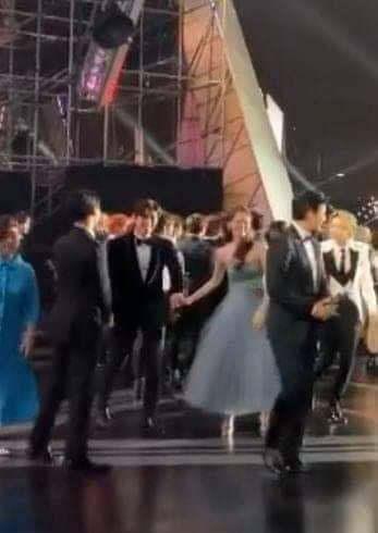 6 cặp đôi bạn diễn ngọt như mía lùi ở màn ảnh Hàn mà fan chỉ muốn thét lên: Hai vị yêu nhau dùm đi! - Ảnh 15.