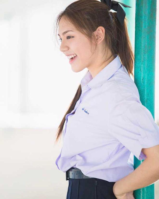 Ngắm đồng phục học sinh các nước châu Á: Nhật Hàn đẹp miễn bàn, sexy gợi cảm nhất là Thái Lan nhưng không đâu độc đáo như Malaysia - Ảnh 5.