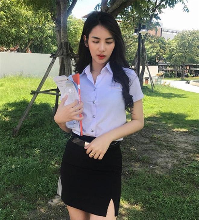 Ngắm đồng phục học sinh các nước châu Á: Nhật Hàn đẹp miễn bàn, sexy gợi cảm nhất là Thái Lan nhưng không đâu độc đáo như Malaysia - Ảnh 8.