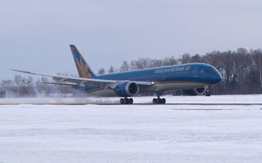 Máy bay từ Hà Nội đi Moscow phải hạ cánh khẩn cấp tại Ấn Độ để cấp cứu hành khách