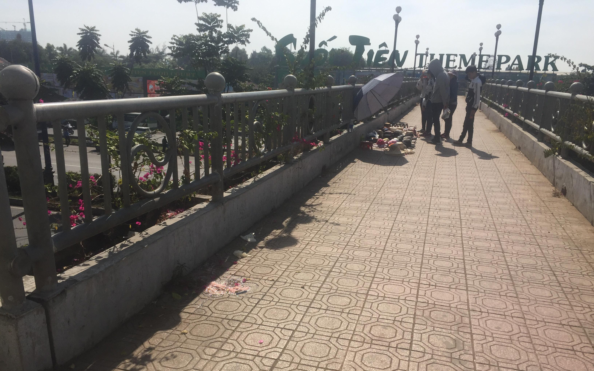 Nữ sinh viên Học viện Thanh thiếu niên Miền Nam tử vong bất thường trên cầu bộ hành Suối Tiên