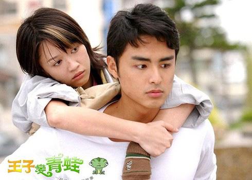 10 tình trẻ màn ảnh của Trần Kiều Ân: Người tài hoa bạc mệnh, kẻ bị cắm sừng đầy đau đớn - Ảnh 2.