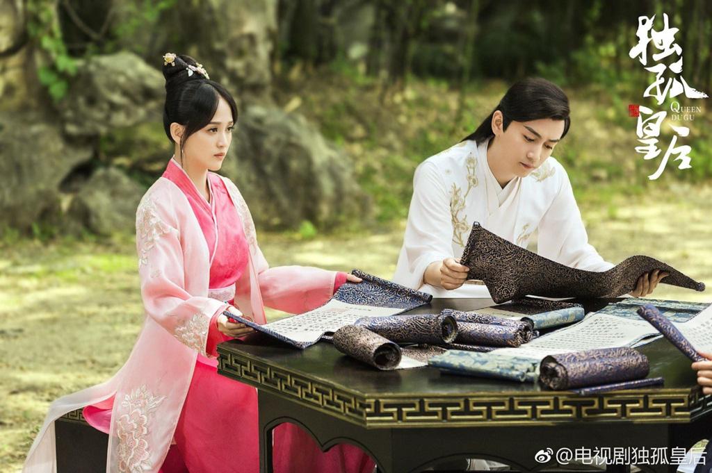 10 tình trẻ màn ảnh của Trần Kiều Ân: Người tài hoa bạc mệnh, kẻ bị cắm sừng đầy đau đớn - Ảnh 12.