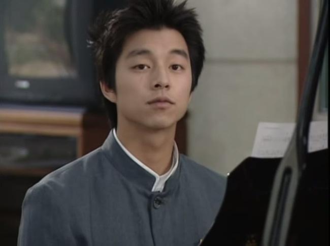 Phát hoảng trước tuổi nghề của loạt diễn viên Hàn: Lee Min Ho lăn lộn 16 năm, Yoo Seung Ho ngót 2 thập kỉ - Ảnh 10.