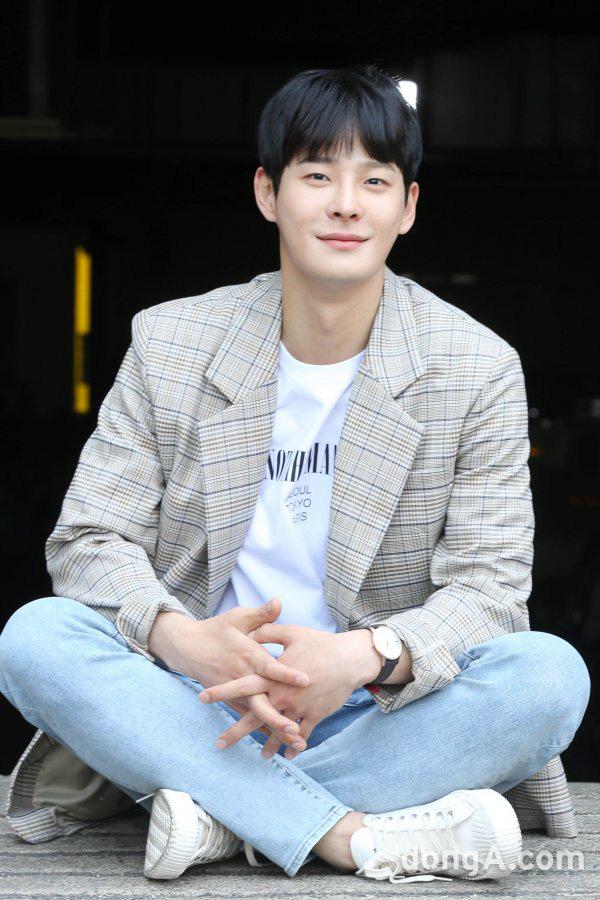 Nam diễn viên bạc mệnh Cha In Ha: Từng kì vọng sẽ kế nhiệm Seo Kang Joon, gia tài phim ảnh nhiều vai ấn tượng - Ảnh 3.