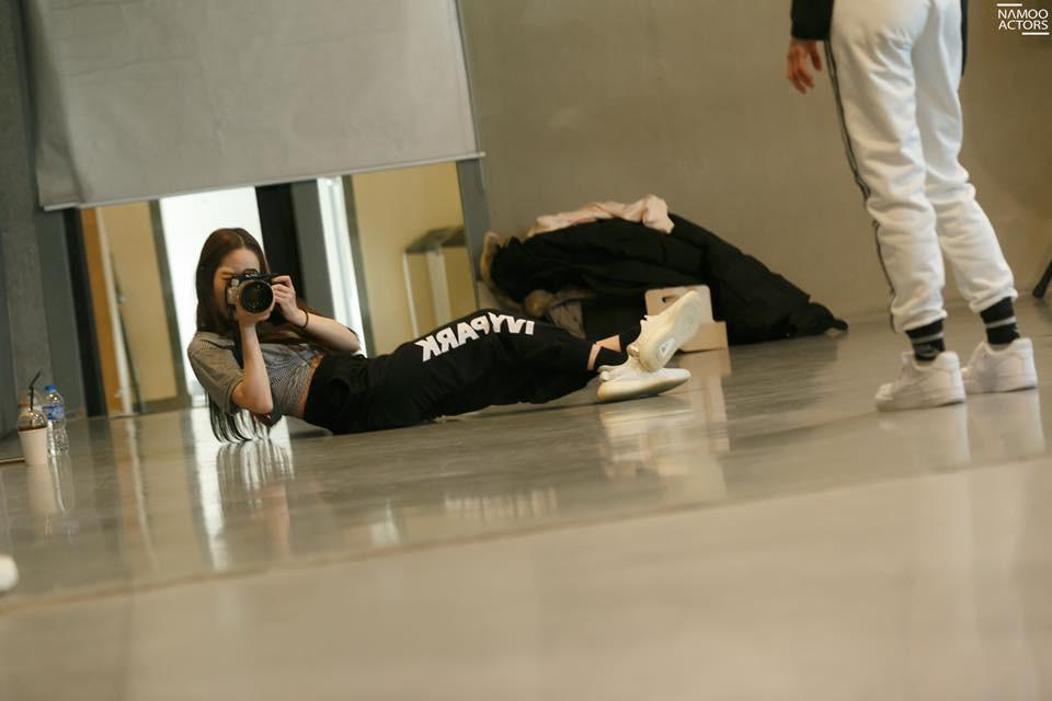 Tập nhảy thôi mà, Park Min Young có cần thiết phải xinh đẹp vậy không? - Ảnh 11.