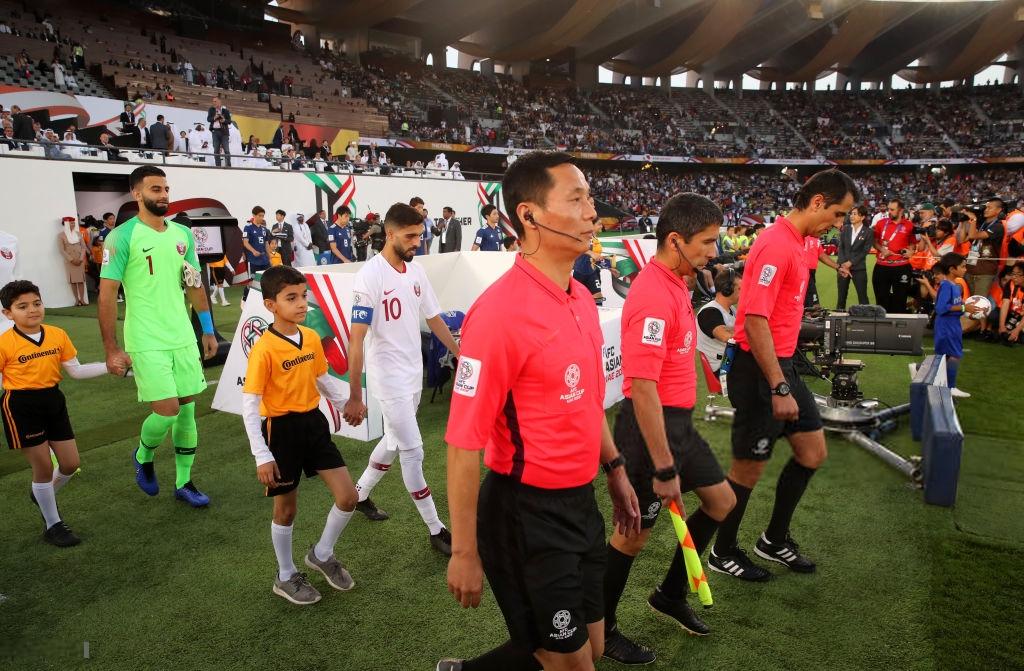Siêu tiền đạo Qatar từng sút tung lưới U23 Việt Nam chính thức lập thành tích vô tiền khoáng hậu trong lịch sử Asian Cup - Ảnh 1.