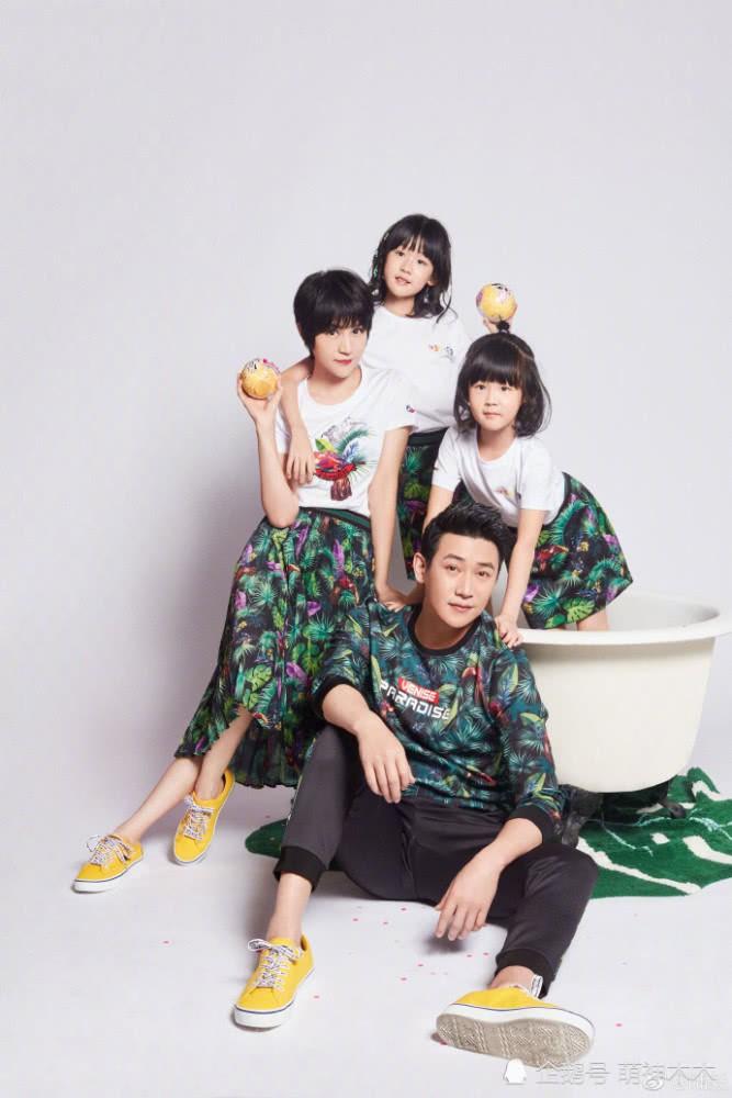 Bao Chửng Lục Nghị khoe ảnh Tết, netizen chỉ chú ý đến đôi chân gầy đến mức báo động của cô con gái - Ảnh 7.