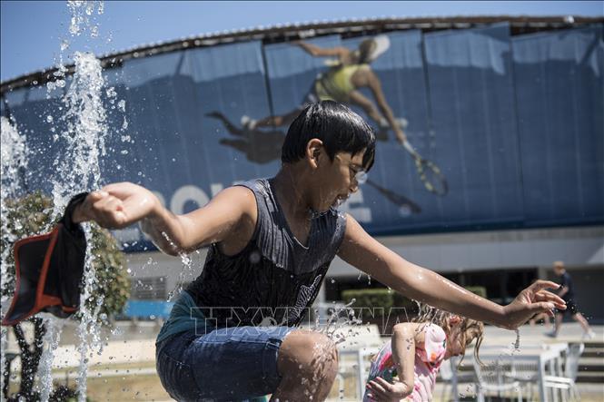 Australia trải qua tháng nóng nhất trong lịch sử với 49,5 độ C - Ảnh 1.
