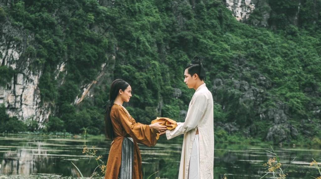 Trái với kì vọng, Trạng Quỳnh đem chuyện đồng tính - cưỡng bức vào phim đầy phản cảm - Ảnh 5.