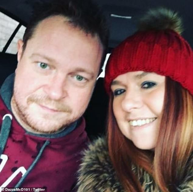 Hơn 200 cặp vợ chồng cùng kiện công ty nhiếp ảnh vì nhận được ảnh cưới mờ tịt, xấu hơn chụp bằng smartphone! - Ảnh 2.