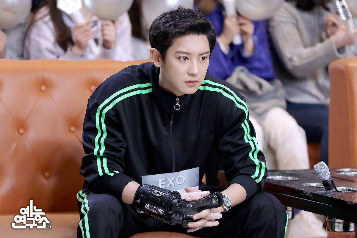 Chanyeol (EXO) chơi bowling hay quay phim điện ảnh mà đẹp xuất sắc thế này? - Ảnh 9.