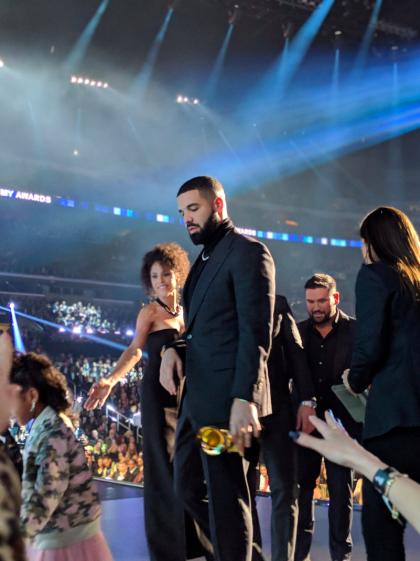 Grammy 2019: BTS gây ấn tượng mạnh, Lady Gaga bật khóc khi thắng đậm, loạt rapper lên ngôi vương - Ảnh 17.