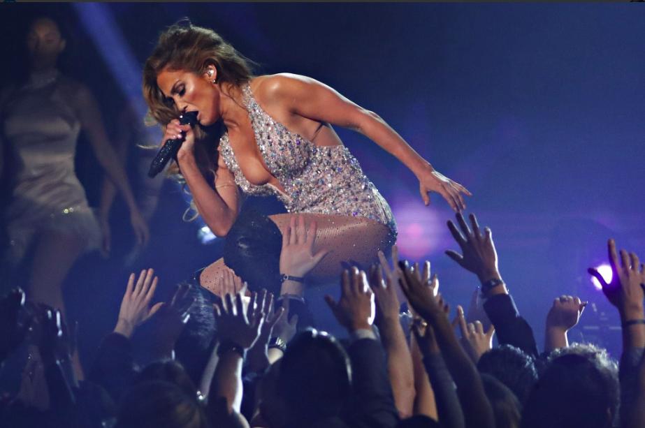 Grammy 2019: BTS gây ấn tượng mạnh, Lady Gaga bật khóc khi thắng đậm, loạt rapper lên ngôi vương - Ảnh 21.