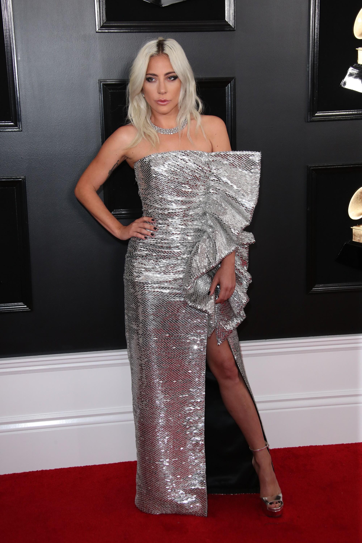 Mặc cùng một BST: Katy Perry trông lạ mắt, Kylie Jenner thì chiếm trọn spotlight tại Grammy vì... mặc xấu - Ảnh 2.