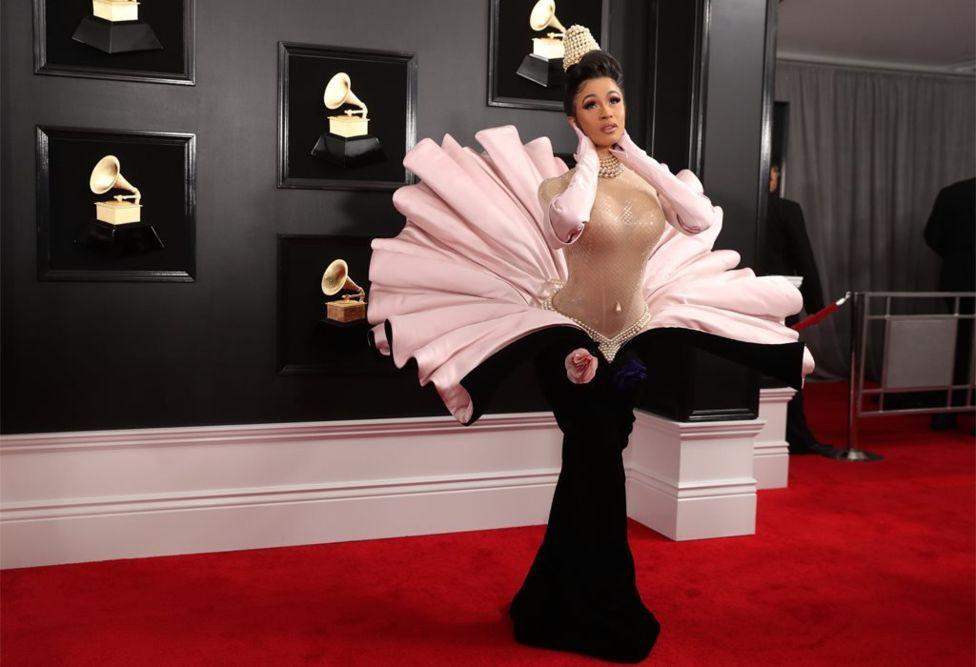 Mặc cùng một BST: Katy Perry trông lạ mắt, Kylie Jenner thì chiếm trọn spotlight tại Grammy vì... mặc xấu - Ảnh 3.