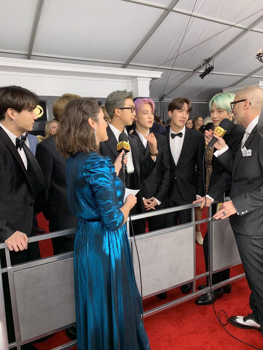 Cả thế giới đang phát cuồng vì BTS tại thảm đỏ Grammy 2019: Siêu bảnh, đẳng cấp, bắn tiếng Anh đầy tự tin - Ảnh 6.