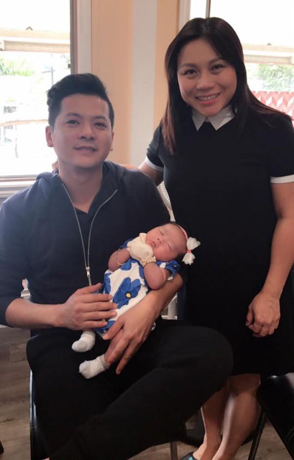 Cuộc sống không như mơ của bà xã sao Việt nơi trời Tây: xa chồng thường xuyên, vừa làm việc vừa chăm sóc con nhỏ - Ảnh 9.