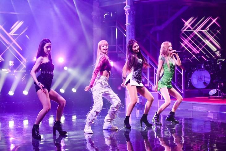 Black Pink debut trên sóng truyền hình Mỹ: No.1 top trend toàn thế giới nhưng vẫn bị chê vì điều này - Ảnh 2.