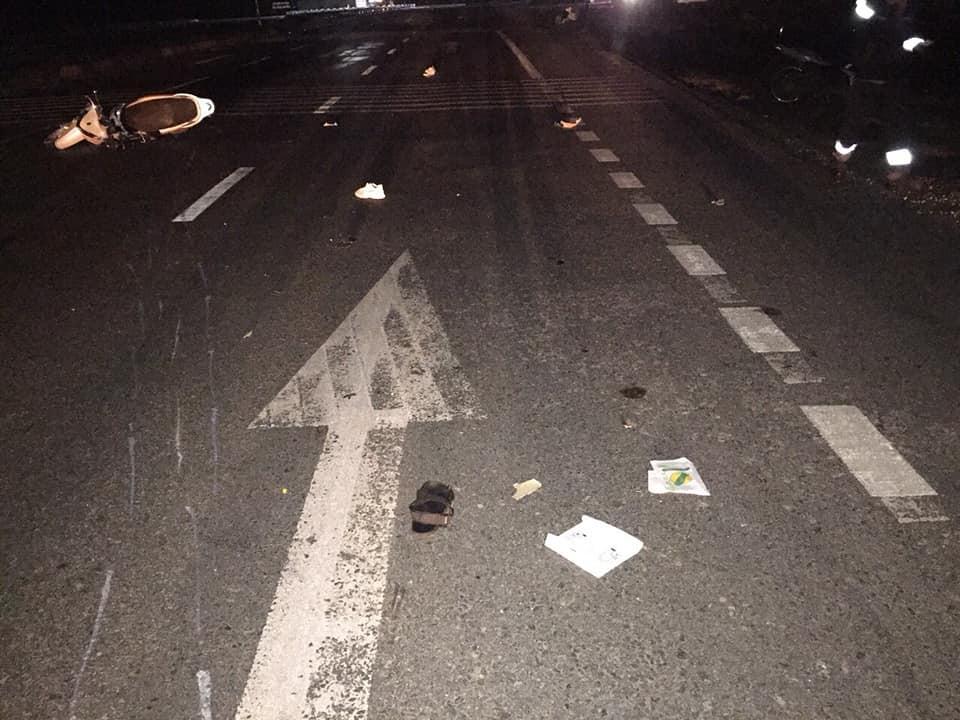 Hà Tĩnh: 3 thanh niên đi xe SH tử vong sau va chạm bất ngờ với ô tô - Ảnh 1.