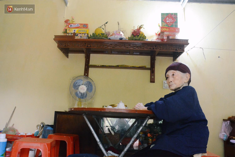 Từ ngày được báo chí phản ánh, cụ Lan được công nhận hộ nghèo, được nhiều tổ chức từ thiện quan tâm, ủng hộ.