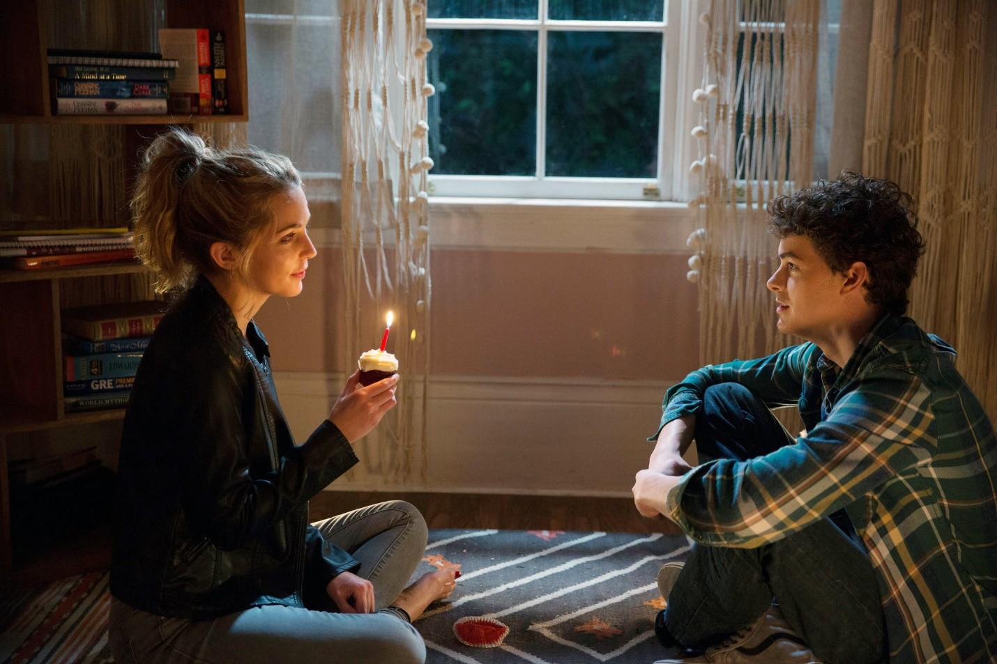 Ra rạp xem phim vào Valentine nhất định gặp ngay 5 cặp đôi gây bão này! - Ảnh 2.