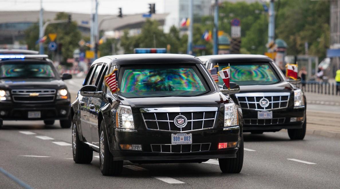 Chiếc xe Quái thú 2.0 luôn đi theo tổng thống Trump trong các chuyến công du khắp thế giới - Ảnh 1.