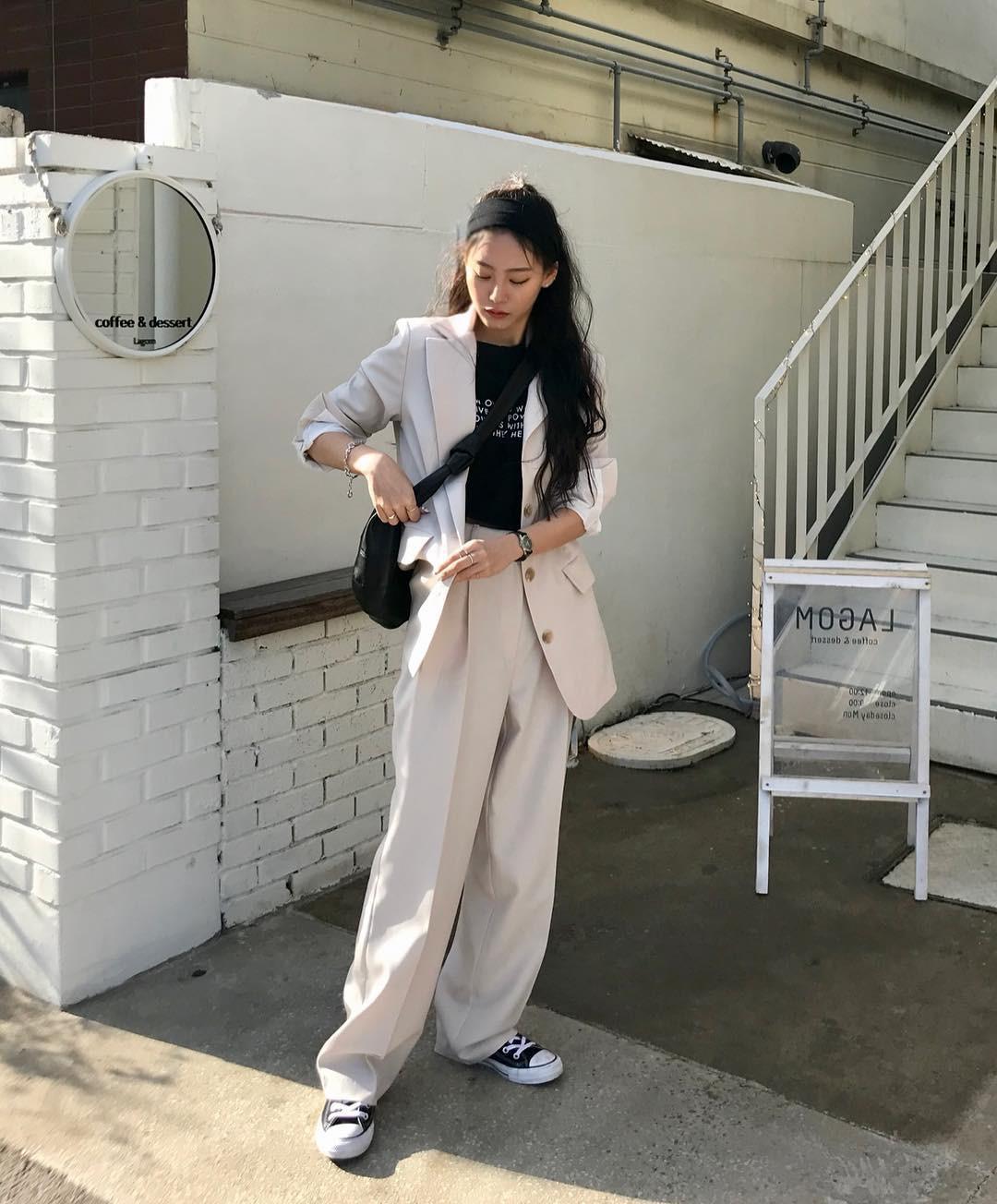 Street style giới trẻ Hàn tuần qua đẹp, chất quá mức quy định, không tham khảo để lên đồ chụp ảnh sống ảo thì hơi phí - Ảnh 4.