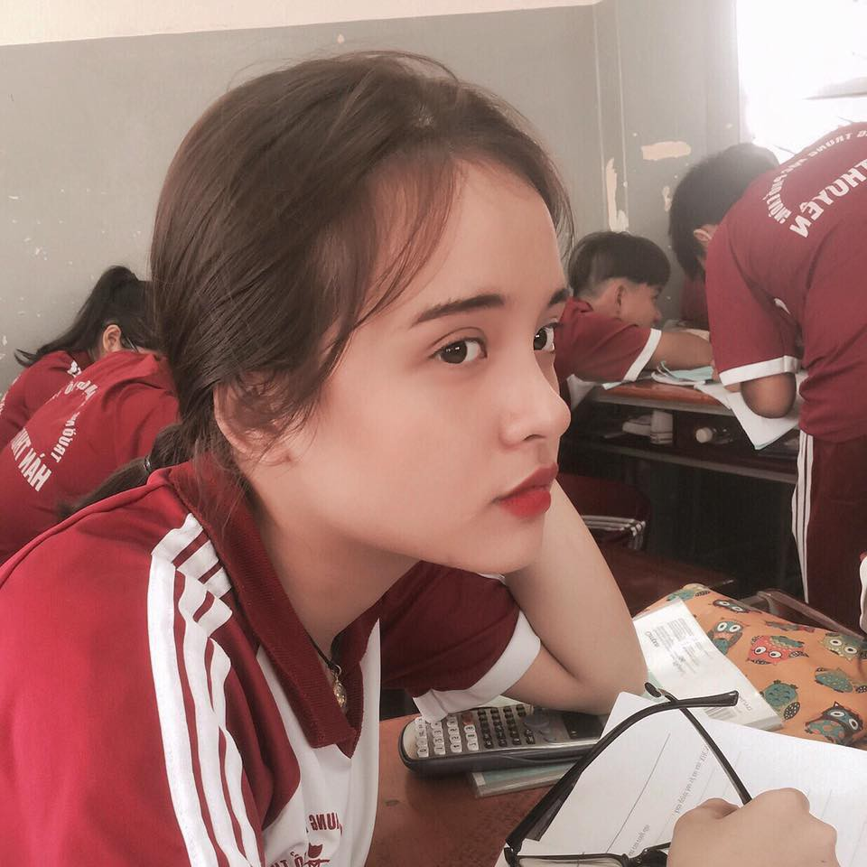 Tuyển tập những nữ sinh hot nhất THPT Hàn Thuyên (Sài Gòn): Ai cũng xinh đẹp, thần thái và rất có tố chất hot girl - Ảnh 12.