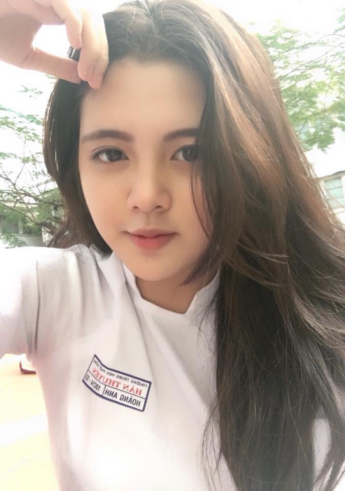 Tuyển tập những nữ sinh hot nhất THPT Hàn Thuyên (Sài Gòn): Ai cũng xinh đẹp, thần thái và rất có tố chất hot girl - Ảnh 1.