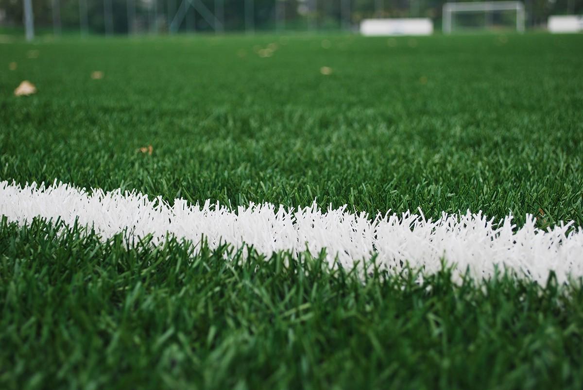Những tác hại của mặt cỏ nhân tạo - thứ mặt cỏ mà U22 Việt Nam đang phải thi đấu tại giải U22 Đông Nam Á - Ảnh 4.