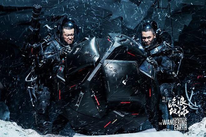 Từng bị rút vốn đầu tư, chẳng ai ngờ The Wandering Earth lọt top doanh thu cao nhất mọi thời đại ở Trung Quốc - Ảnh 3.