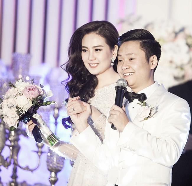 Nhìn chồng Mai Ngọc sau 3 năm kết hôn phải công nhận rằng: Lấy vợ là con đường phá sắc nhanh nhất! - Ảnh 1.
