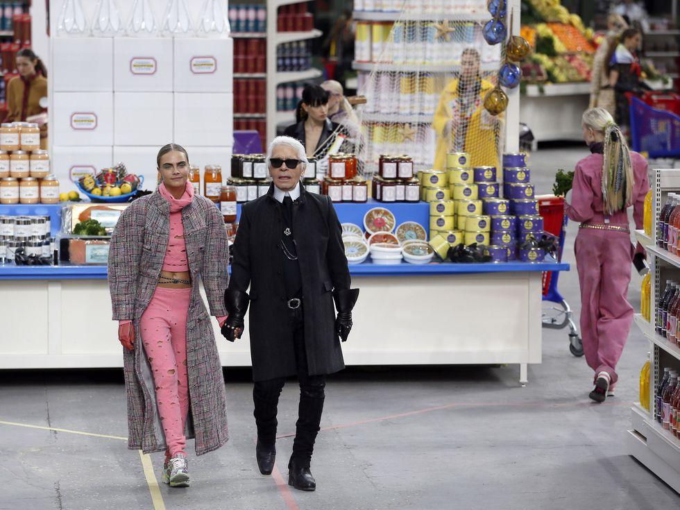 14 show diễn huyền thoại của Chanel dưới thời Karl Lagerfeld khiến giới mộ điệu thổn thức - Ảnh 14.