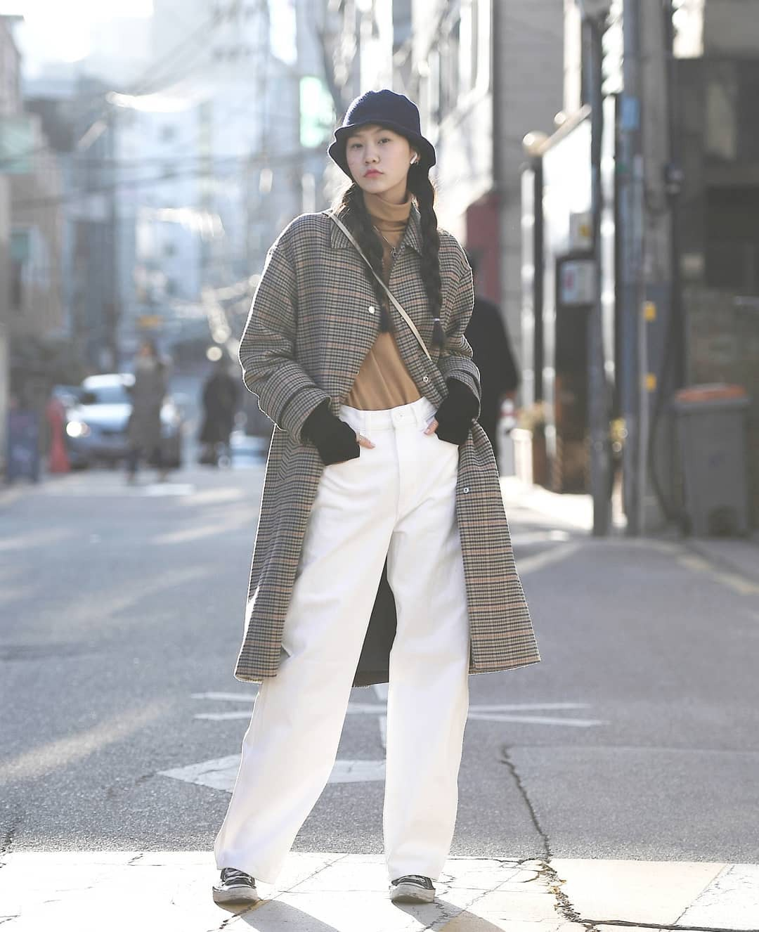 Street style giới trẻ Hàn tuần qua: nữ tính, cá tính, chất chơi chiêu nào cũng có và đều đẹp ngất ngây - Ảnh 5.