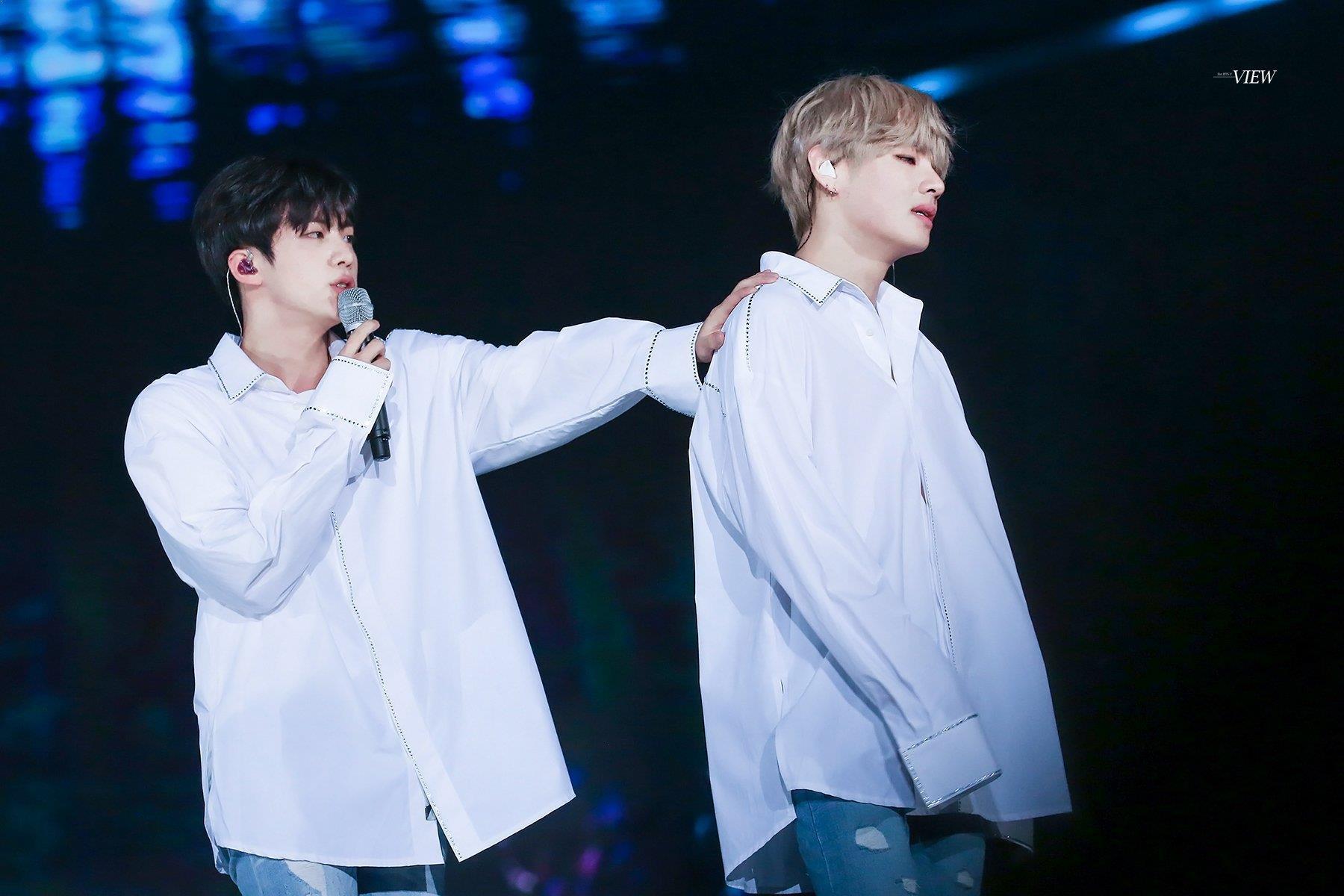 Ngược đời idol Kpop là visual nhưng không nói thì chẳng ai hay: Đẹp cực phẩm nhưng toàn bị thành viên khác lấn át - Ảnh 3.