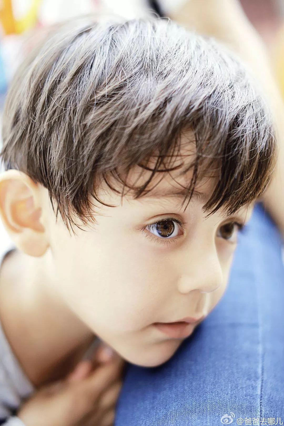 Những đứa con đẹp như thiên thần của dàn sao châu Á: Không ít bé lớn lên trong hoàn cảnh gia đình tan vỡ - Ảnh 12.