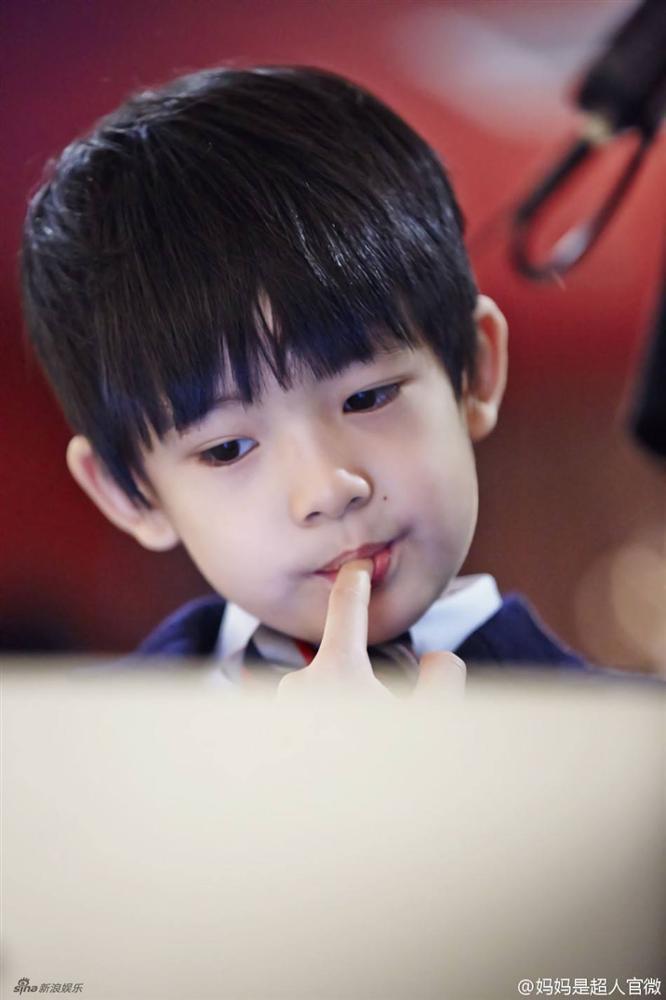 Những đứa con đẹp như thiên thần của dàn sao châu Á: Không ít bé lớn lên trong hoàn cảnh gia đình tan vỡ - Ảnh 26.