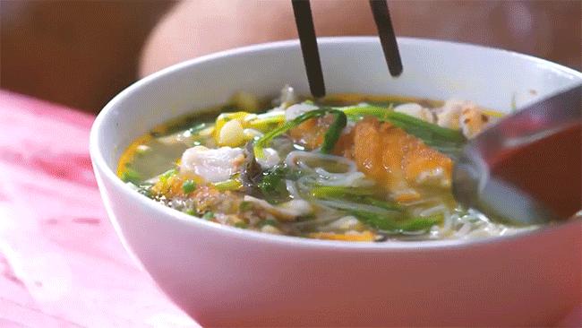 """Có để ý không: các hàng bún cá ngày càng """"bành trướng"""" ở Hà Nội và đây là những hàng được nhắc đến nhiều nhất - Ảnh 7."""