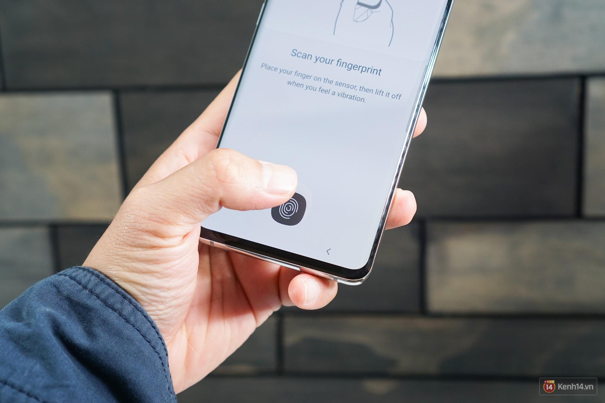 Trên tay Galaxy S10/S10+ giá từ 21 triệu: Như này không đẹp thì không biết thế nào mới được coi là đẹp - Ảnh 7.