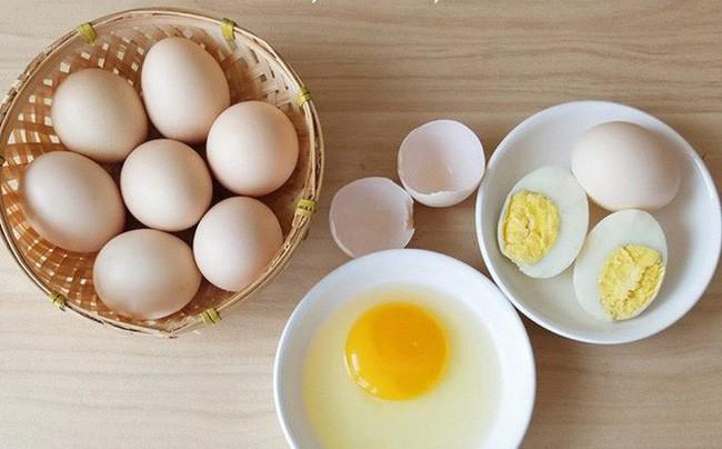 Trứng gà nếu làm theo những cách này thì không chỉ giúp bạn mạnh khỏe mà còn dưỡng nhan đẹp lên trông thấy - Ảnh 1.