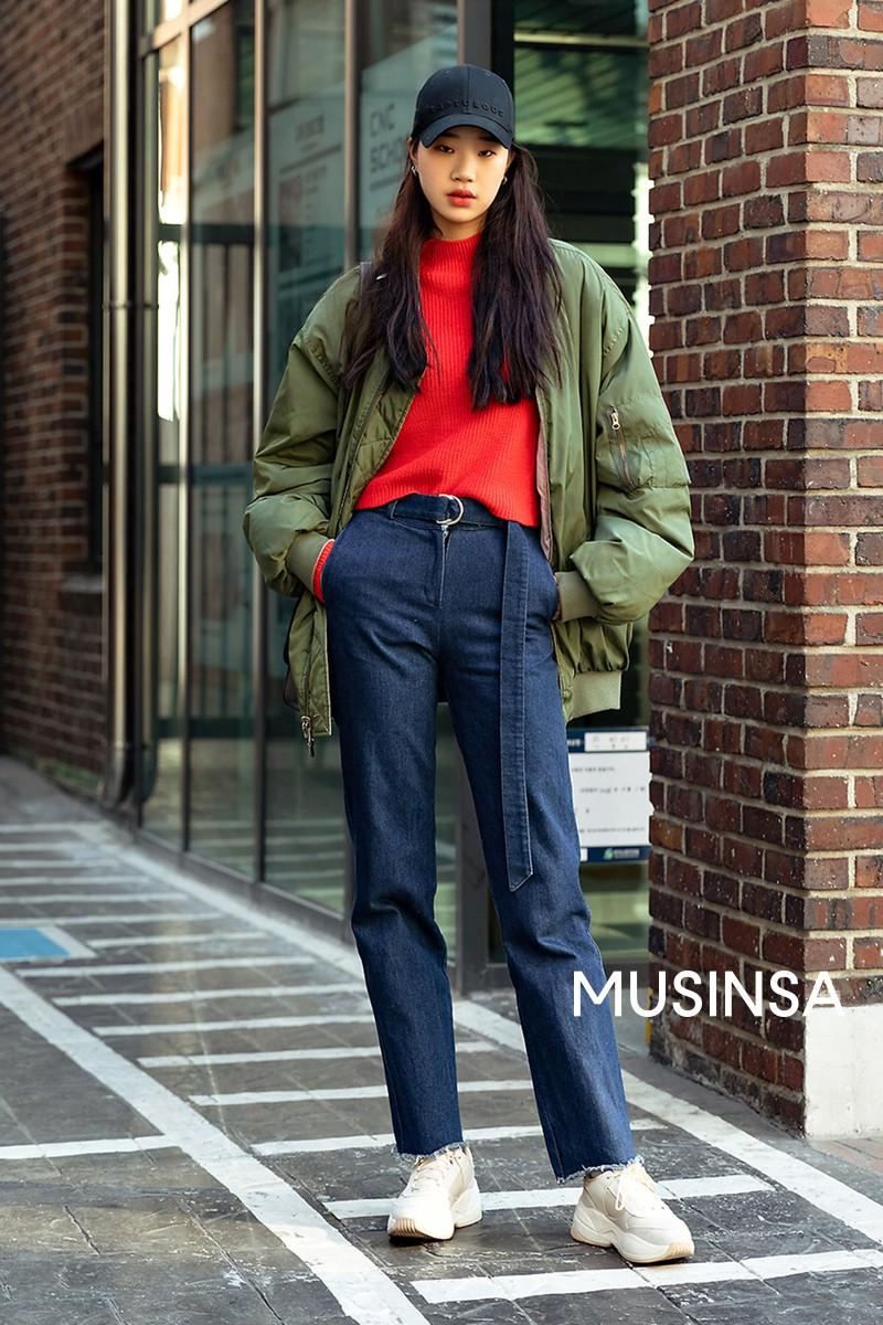 Muốn ăn mặc thoải mái mà sang, đơn giản mà vẫn trendy, bạn chỉ cần xem giới trẻ Hàn diện gì tuần qua là xong ngay - Ảnh 3.