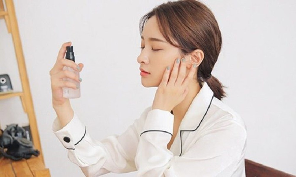 Để làn da luôn tươi tắn, mịn màng sau một đêm thức khuya thì bạn nên tuân thủ thường xuyên các nguyên tắc sau - Ảnh 3.