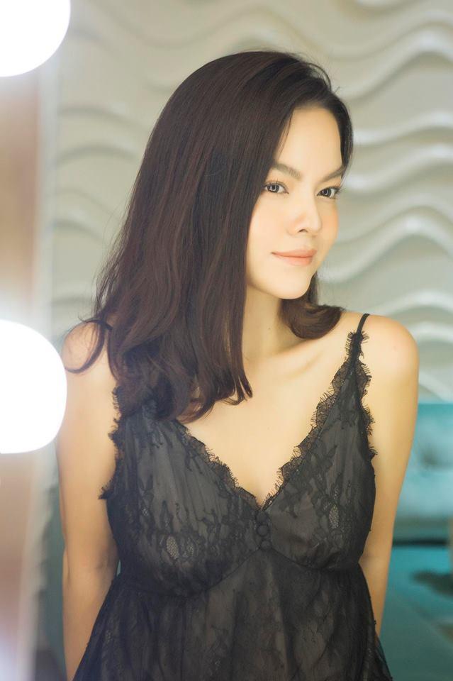 Khổng Tú Quỳnh và loạt sao nữ lột xác xinh đẹp, gợi cảm hơn sau chuyện buồn tình cảm - Ảnh 12.