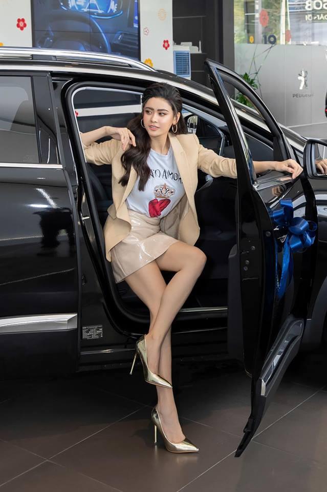 Khổng Tú Quỳnh và loạt sao nữ lột xác xinh đẹp, gợi cảm hơn sau chuyện buồn tình cảm - Ảnh 19.