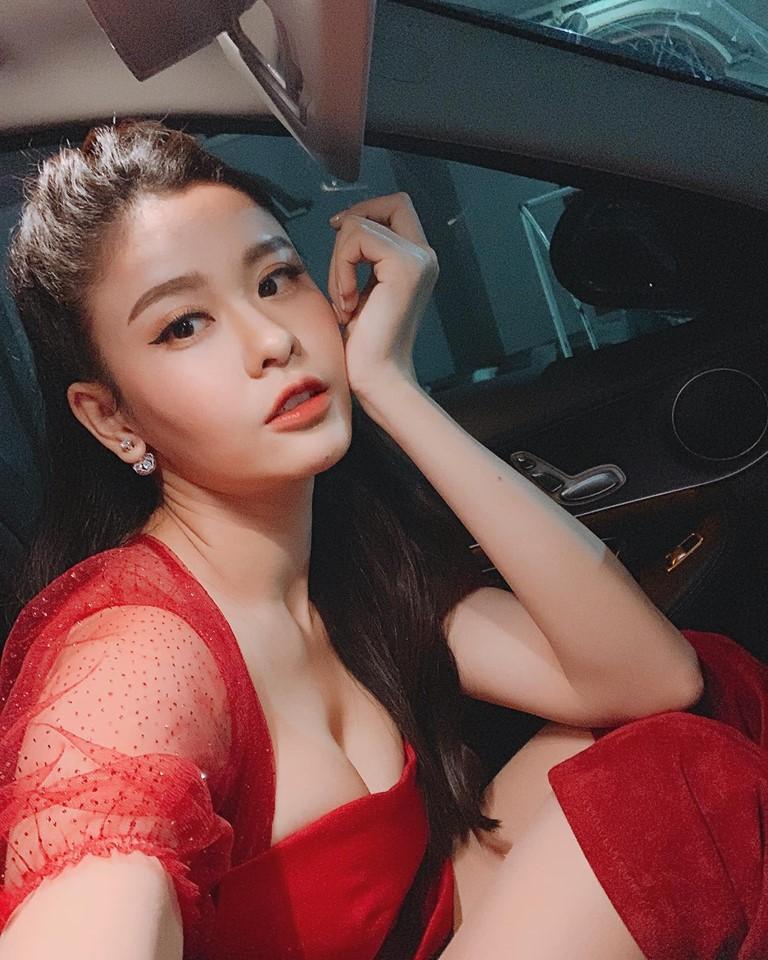 Khổng Tú Quỳnh và loạt sao nữ lột xác xinh đẹp, gợi cảm hơn sau chuyện buồn tình cảm - Ảnh 16.