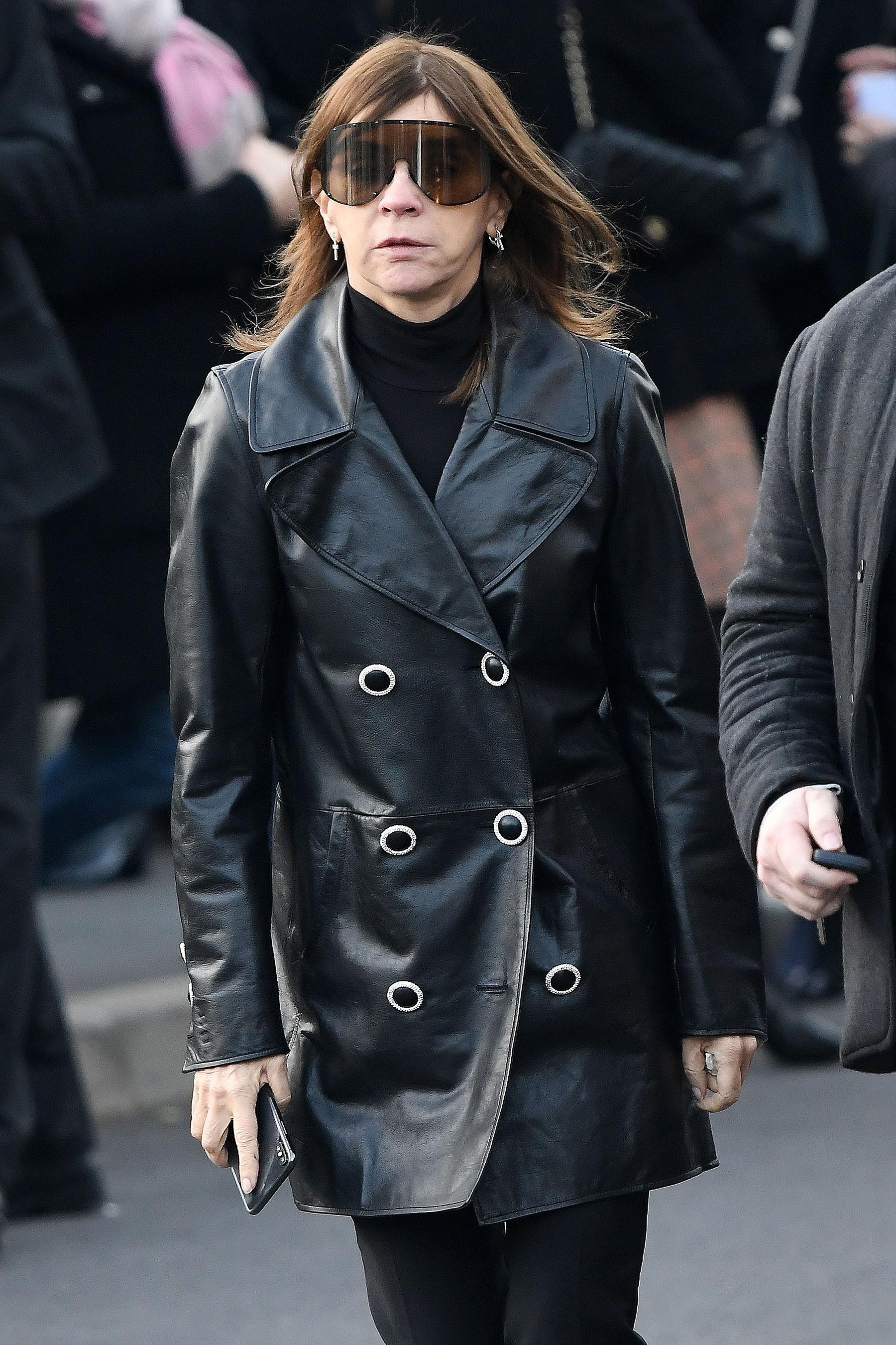 Lễ hỏa táng của huyền thoại Karl Lagerfeld: Công chúa Monaco, tổng biên tạp chí Vogue cùng dàn siêu mẫu đến tiễn đưa - Ảnh 8.